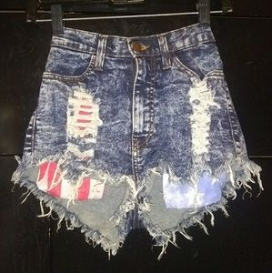 High waisted destroyed jean shorts